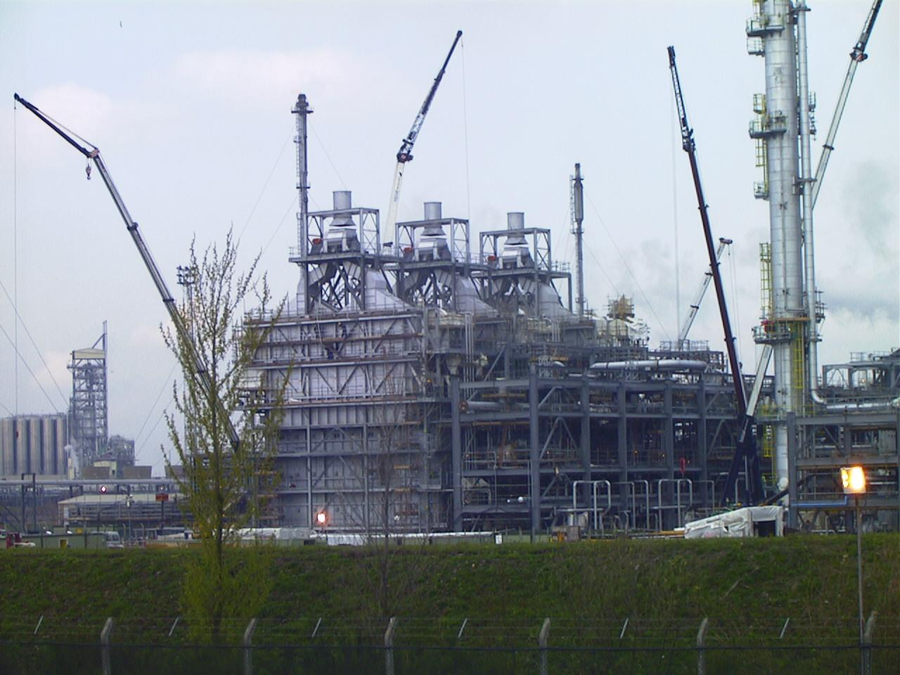 Gas Cracking Towers at Ineos